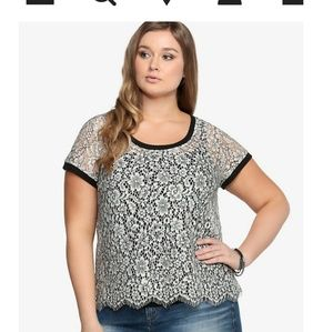 Torrid floral lace top black and white